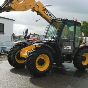 JCB Loadall  in very good condition inside and out, everything works as it should, only done 930 hours. Please contact for more details