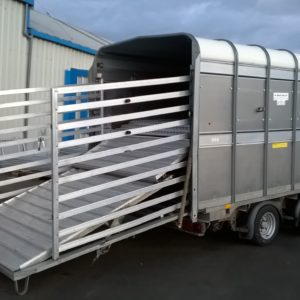 Ifor Williams DP120s Stockbox , 12ft x 6ft 3500kg, Reg Jan 2015, Complete with Easyload deck system, sumptank kit,