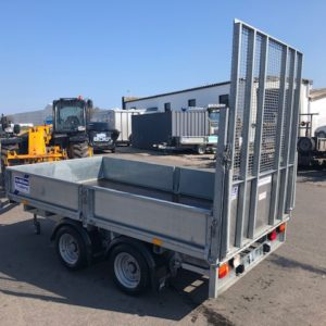 Ifor Williams LM105 Flatbed trailer 2700kg, Reg Date Sept 2016. Complete with ramptail, removable dropsides and spare wheel, very good condition must be viewed, fully serviced by our workshop and ready to work. for further details call Mark on 07710 637078