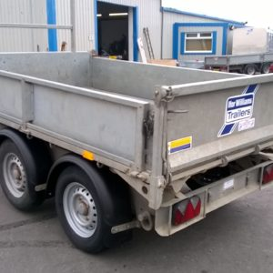 Ifor Williams TT2515 Hydraulic Tipper, 2700kg Reg Date July 2015, 8ft x5ft bed Complete with Ladder Rack and spare wheel,In very good condition, Fully serviced by our workshop and ready to work. 