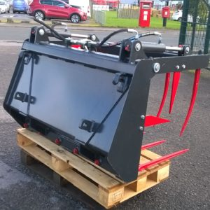 New Jarmet Tang Grab, Silage Grab/Muck Grab   Buckets also available , Delivery available For further details call Mark on 07710 637078