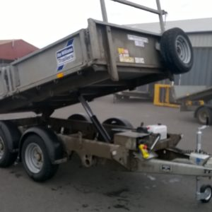 Ifor Williams TT3017-352 Hydraulic Tipper, 3500kg Reg Date Oct 2017, good condition complete with Ladder rack, lamp guards and spare wheel, this trailer will come fully serviced by our workshop and ready to work.  For further details Call Mark on 07710 637078
