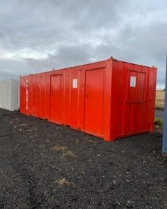 26ft Welfare unit, Complete with kitchen / Seating area, For further details Contact Mark on 07710 637078 Delivery can be arranged