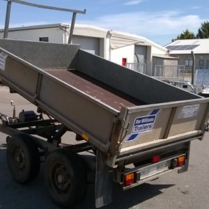 Ifor Williams TT85 Manual Tipper, 2600kg Build Date TBC, Manual tipper complete with dropsides and ladder rack, older trailer but been looked after, fully serviced by our workshop and ready to work, For more details contact Mark o 07710 637078