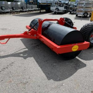 Jarmet 9ft field roller with wheels . Hydraulic dual action ram for lifting roller off deck for ease of transportation, For further details please call  Sam on 07522716854 or Mark on 07710637078